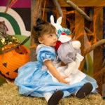 Nuestro primer Halloween con Alicia